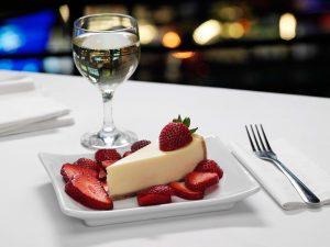 Cheescake with wine